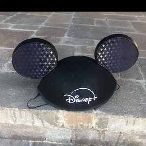 Mickey Mouse Disney hat!